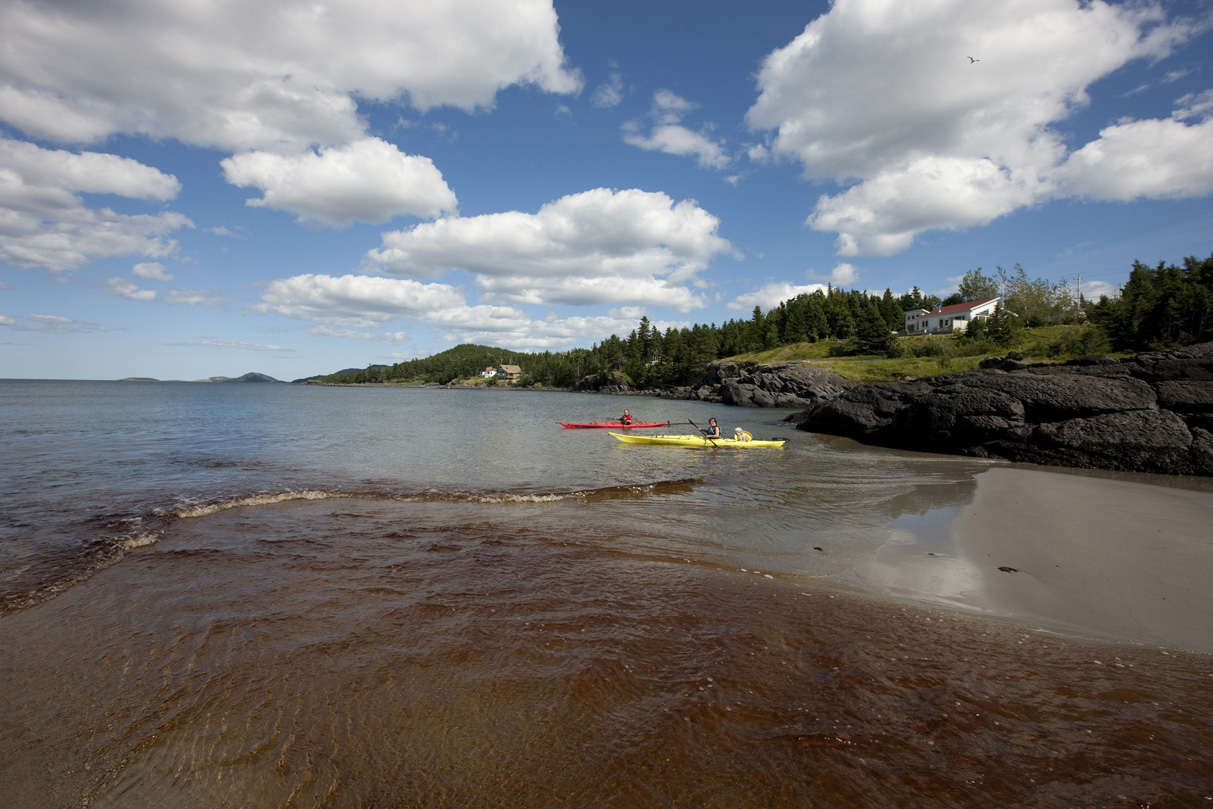 kayaking-in-newman-sound-terra-nova-national-park