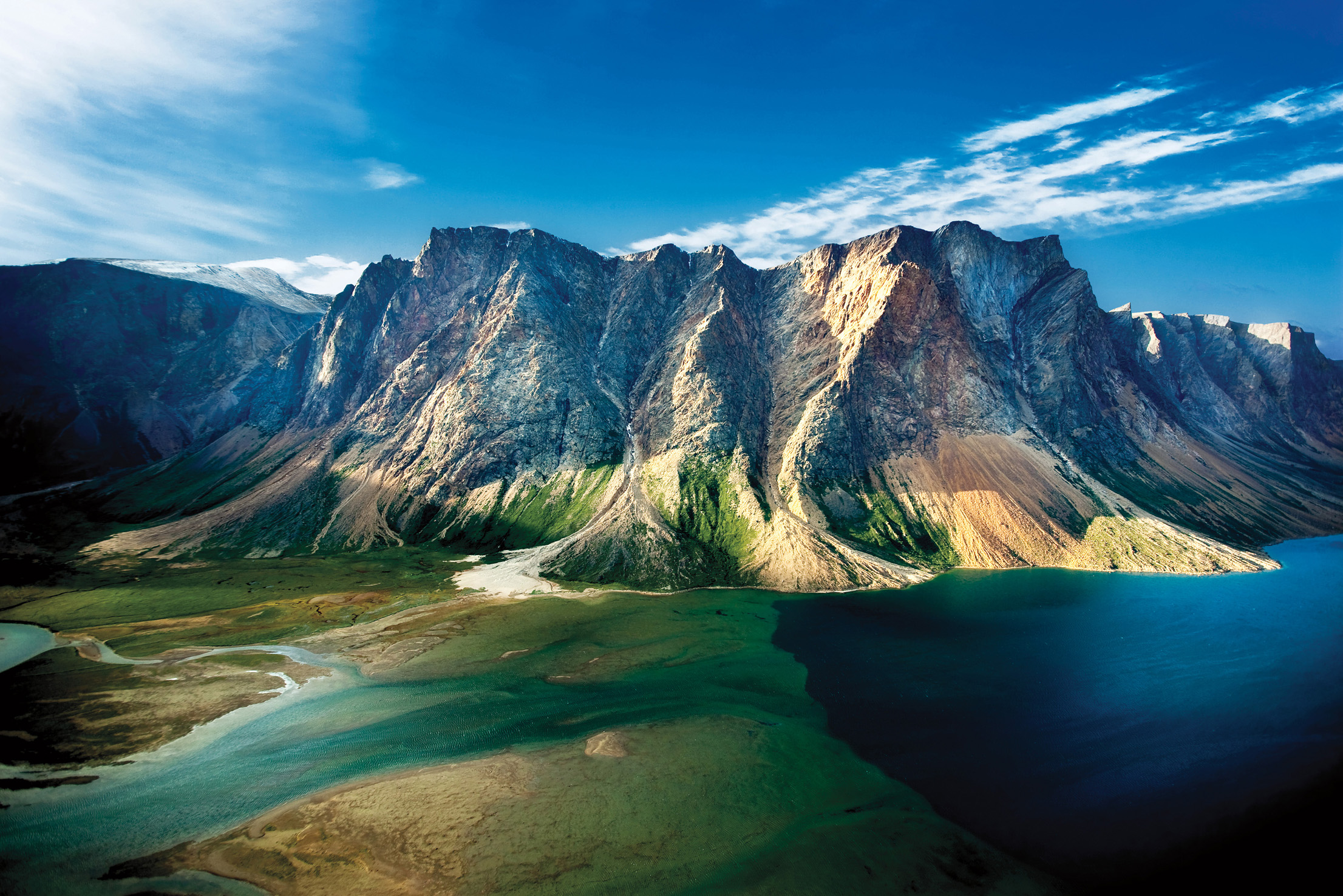 torngat-mountains-c-barrett-and-mackay-photo-nl-tourism